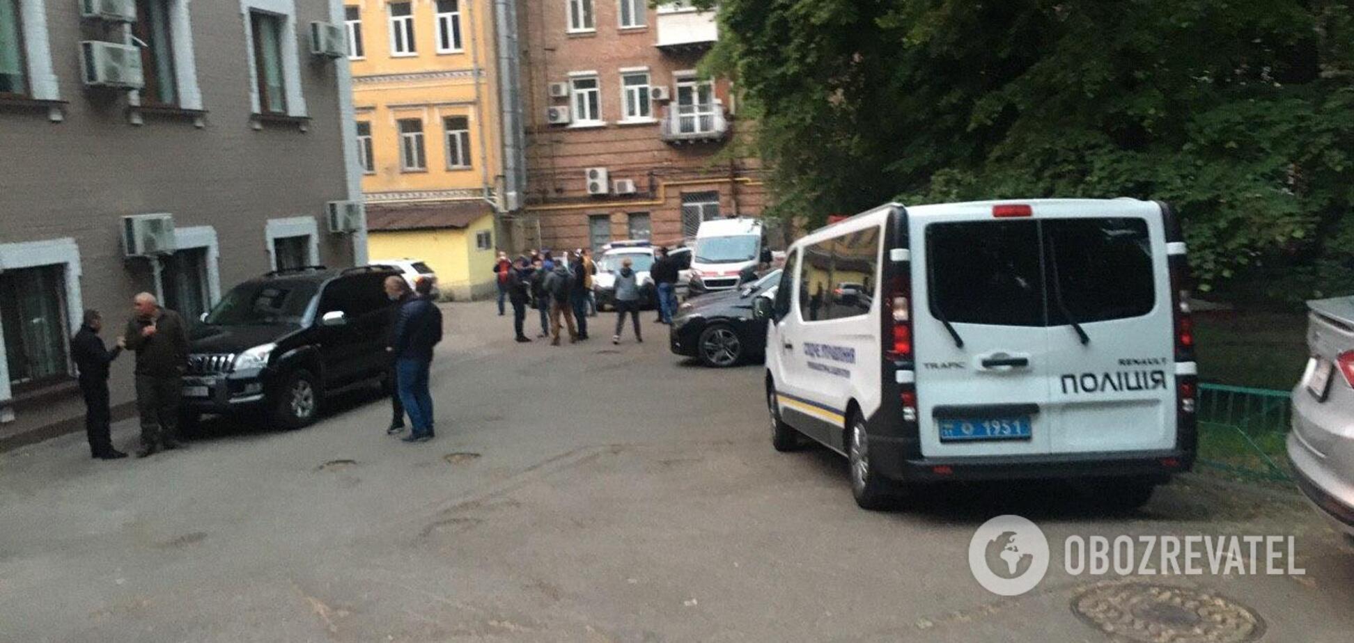 Машина Давиденка була біля офісу від самого ранку: з'явилися ексклюзивні подробиці