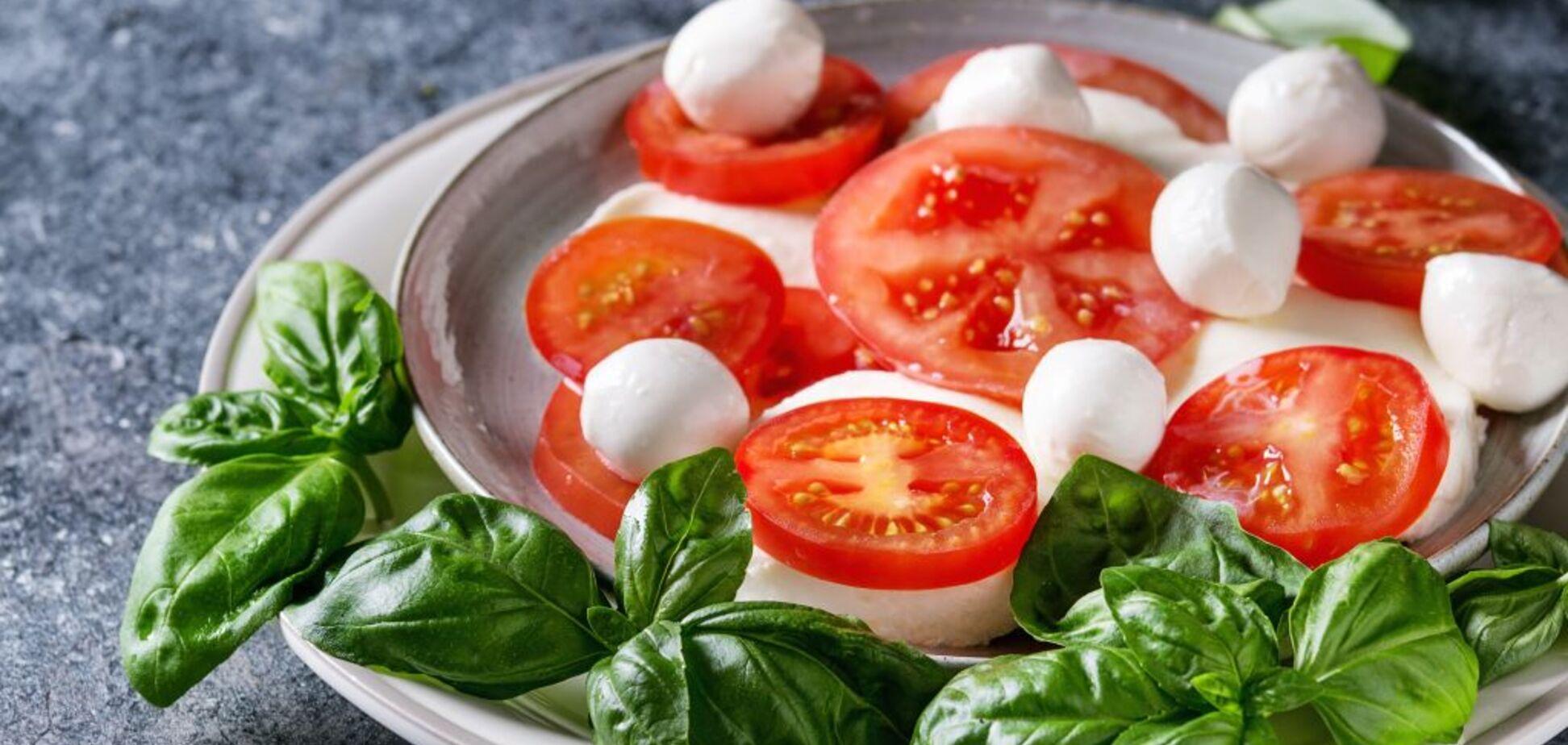 Дієтологи перерахували продукти для нічної їжі