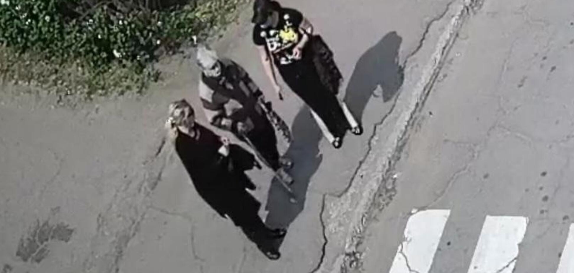 На Днепропетровщине мошенницы среди белого дня 'развели' на деньги женщину. Фото аферисток
