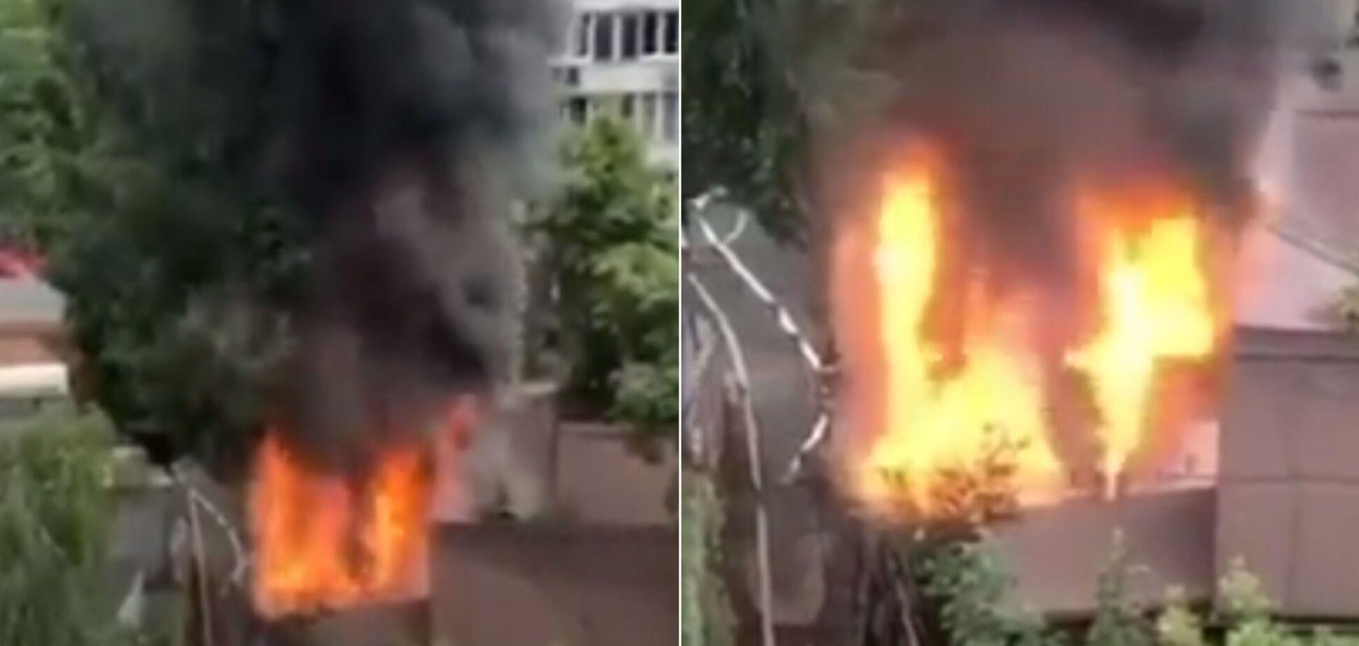 У ресторані Києва спалахнула масштабна пожежа