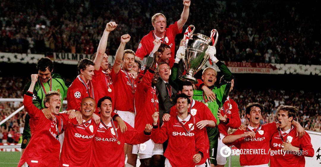 'Манчестер Юнайтед' празднует победу в Лиге чемпионов 1998/99