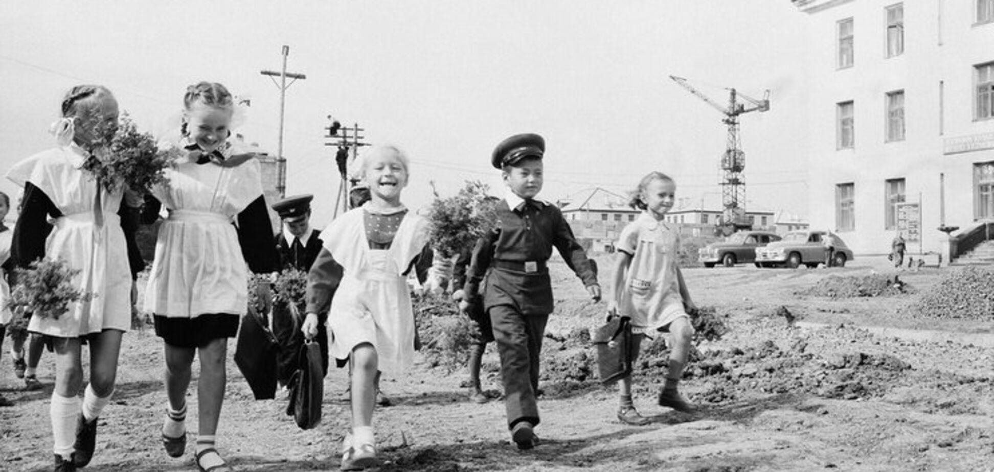 Школьная форма в СССР: как выглядела и почему сейчас популярна. Фото