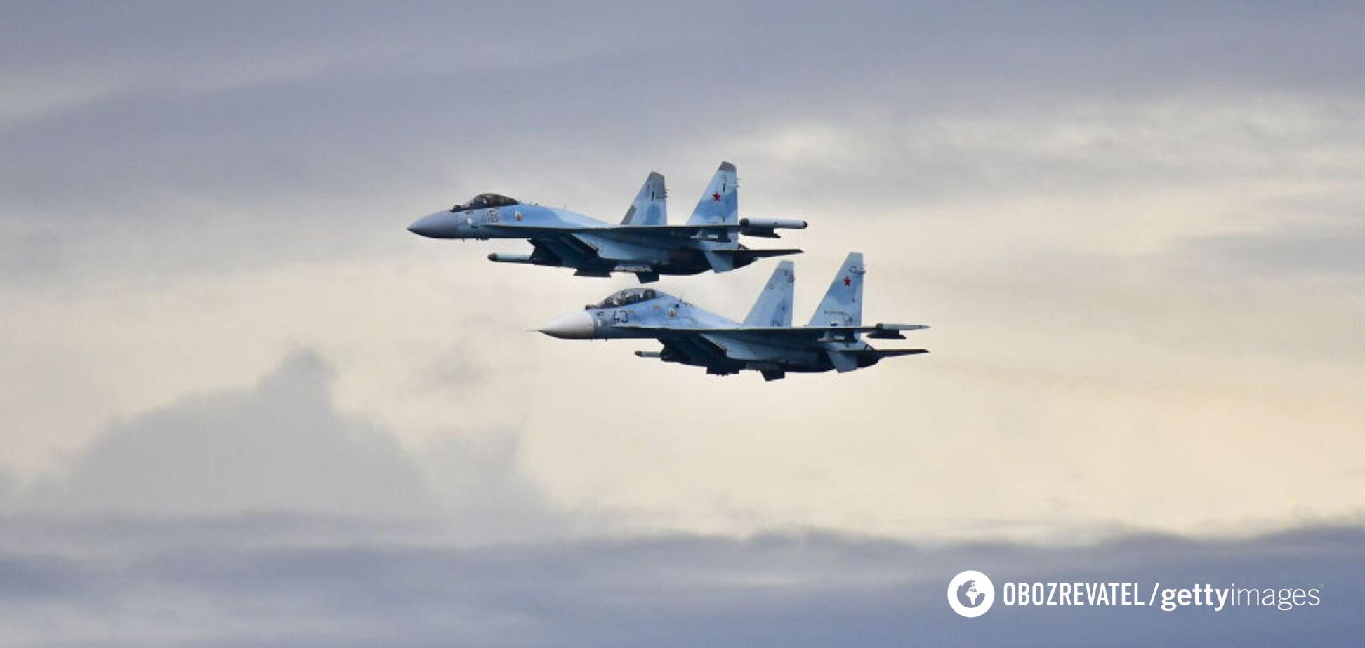 Винищувачі Росії влаштували небезпечну сутичку з літаком США над морем. Відео