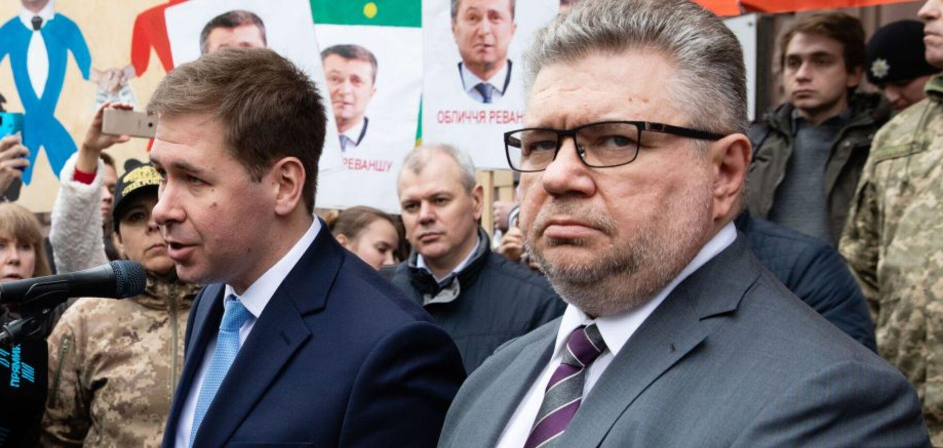 Адвокаты Порошенко сообщили, что допрос не состоится