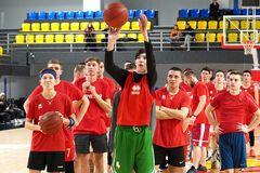 СК 'Прометей' запрошує юнаків до навчання в нову академію баскетболу