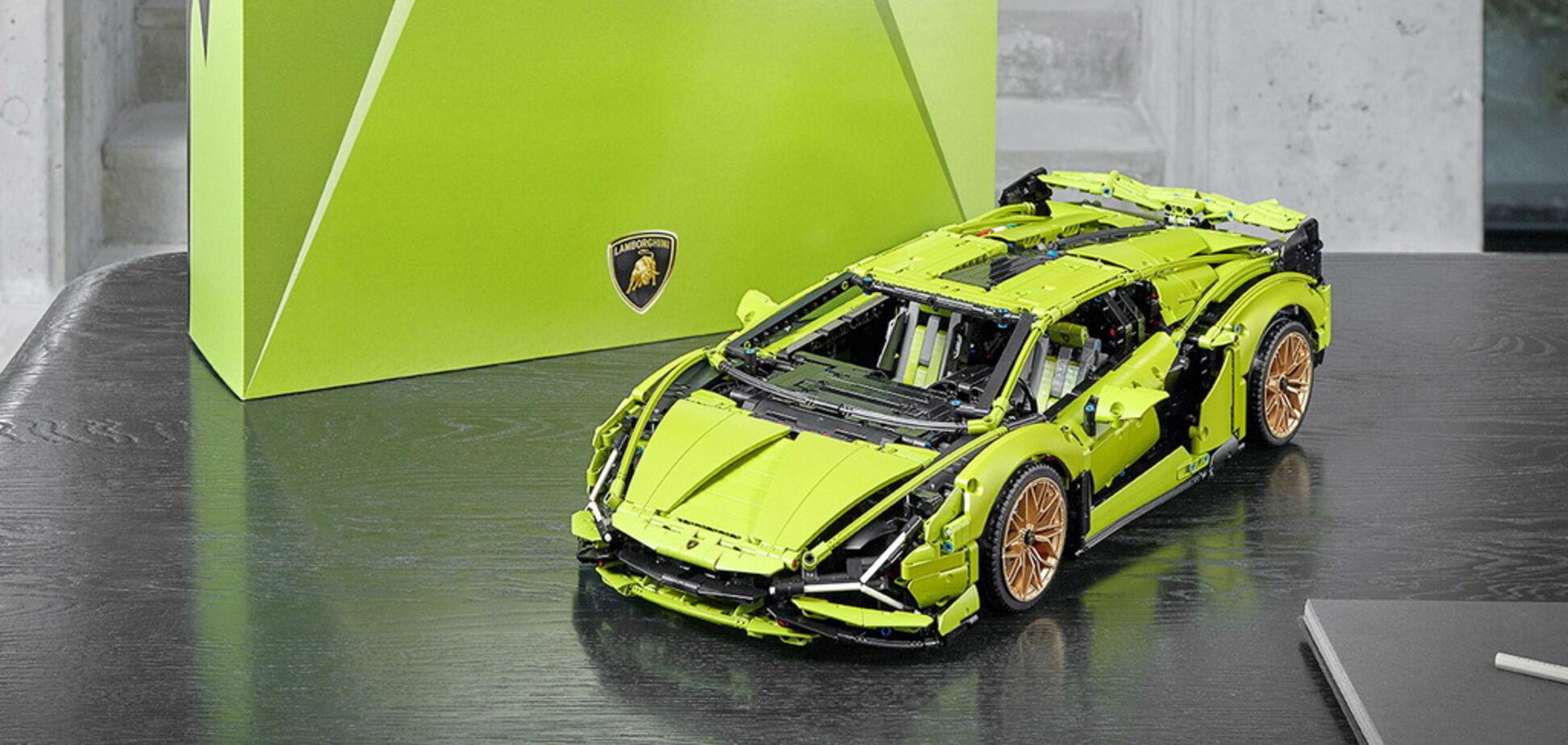 Lego представила свою версію суперкара Lamborghini