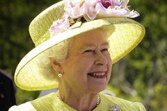 Королева Єлизавета II 67 років на троні: п'ять головних секретів 'господині' Британії