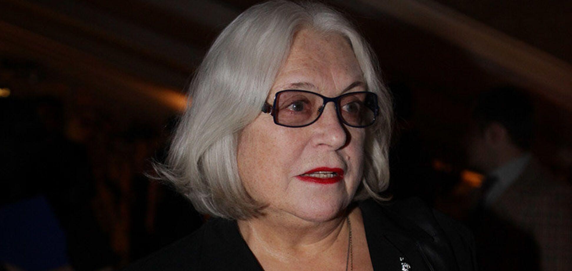 'Ходить и лежать не могу': 81-летняя Федосеева-Шукшина получила серьезную травму