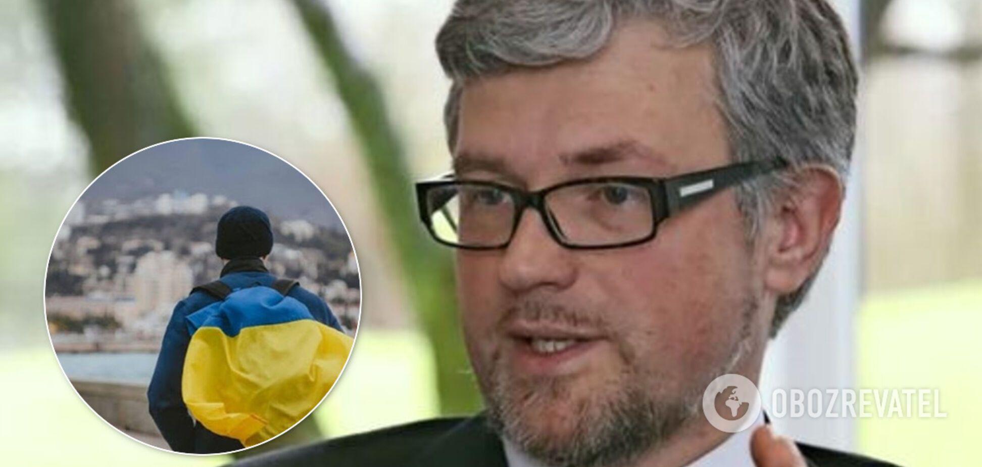 Український посол Мельник посперечався з Шредером, що Крим повернеться Україні за його життя