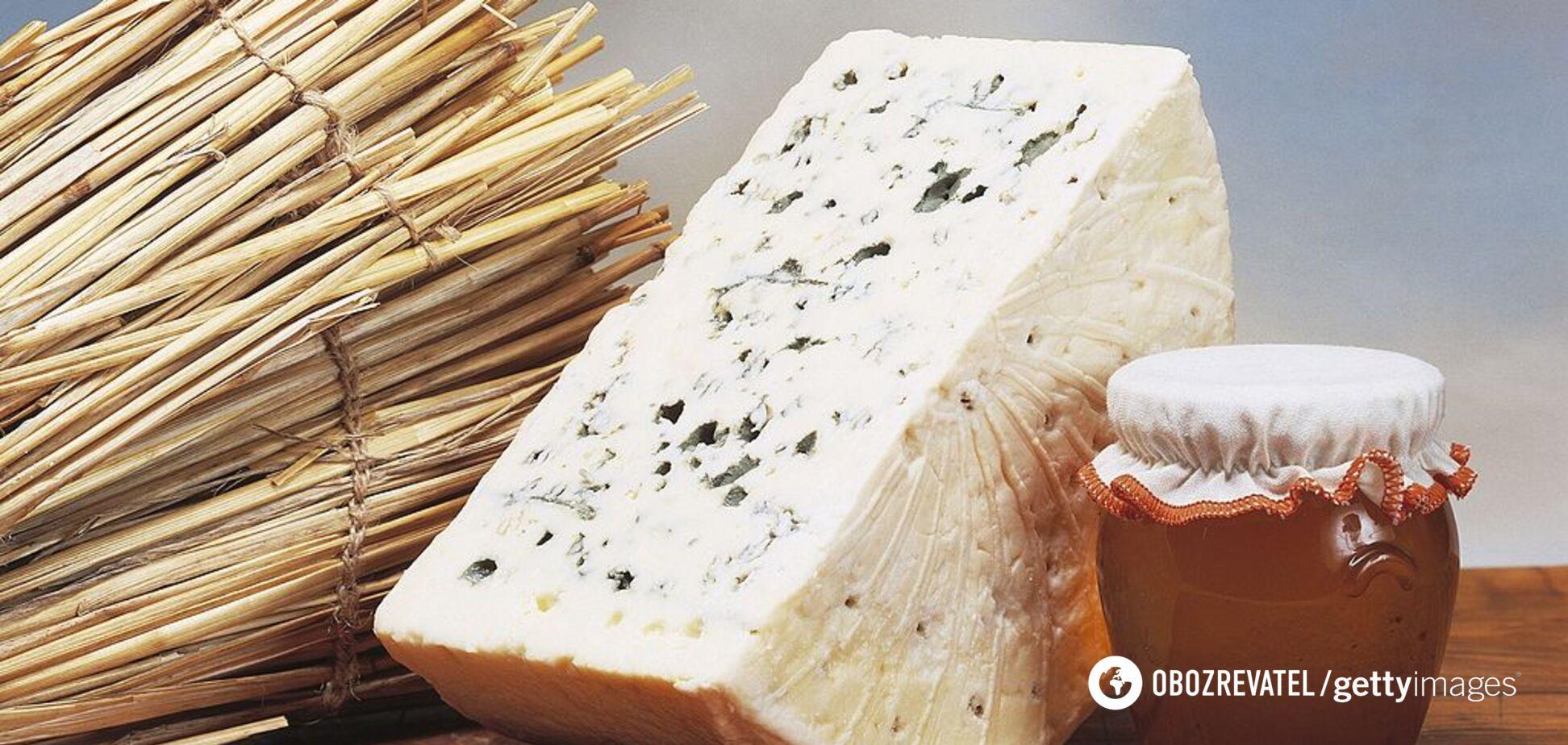 Медики повідомили, який сир шкідливий для гіпертоніків