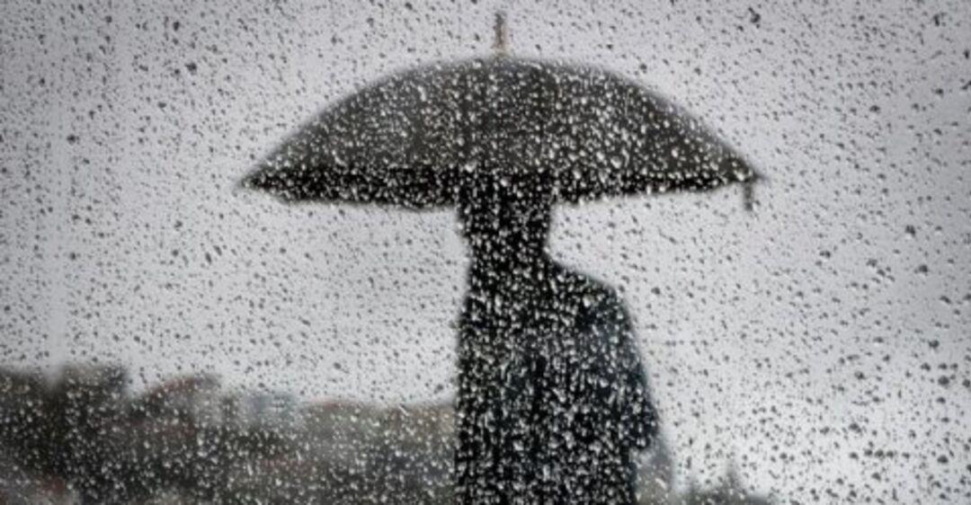 Не забудьте зонтик: синоптики дали свежий прогноз погоды в Днепре
