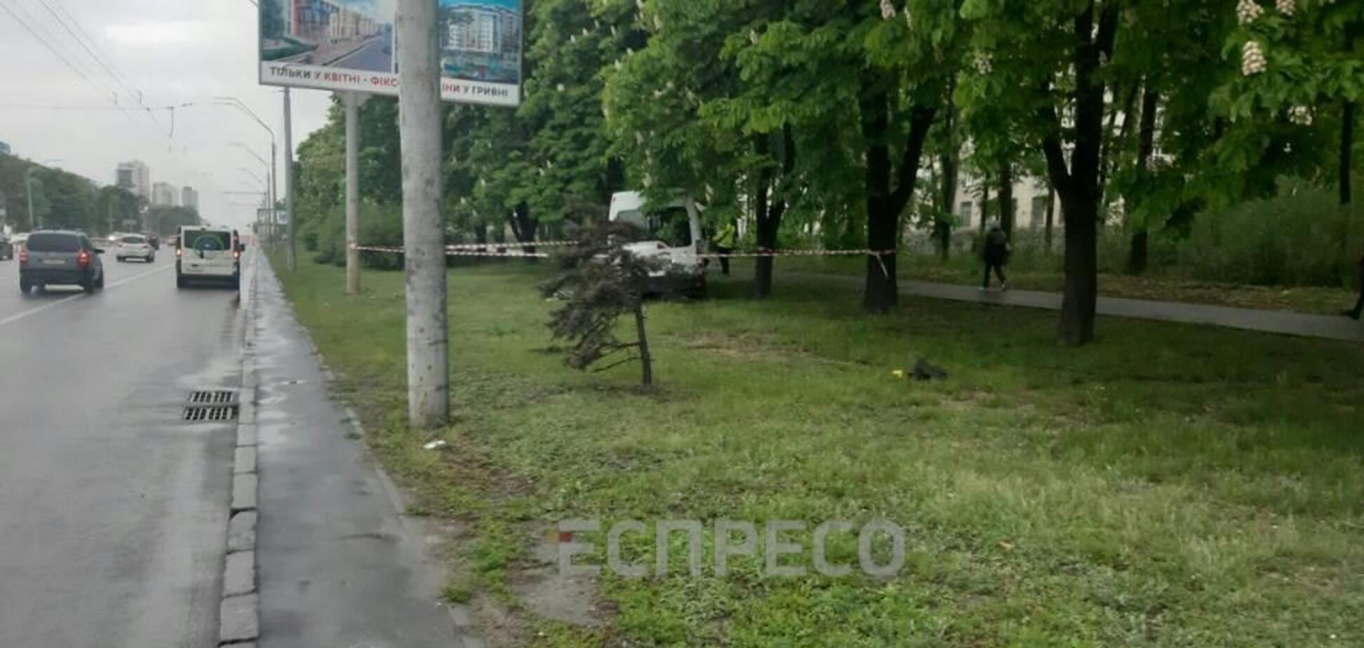 В Киеве в ДТП попало 9 авто