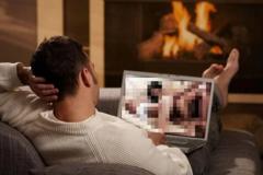 Експерт розкрив користь порно під час пандемії