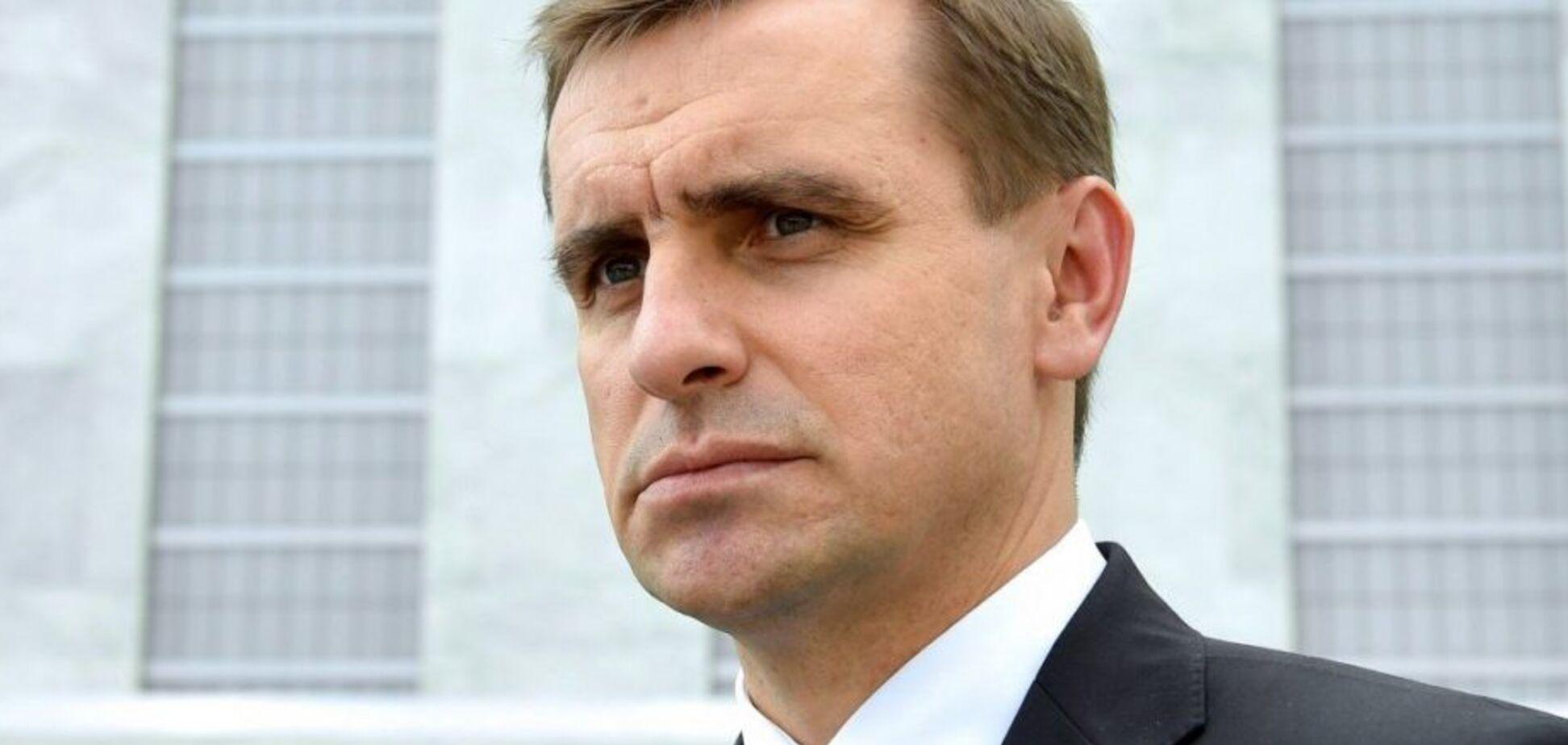 Повышение статуса минской ТКГ поможет России избежать ответственности – Елисеев