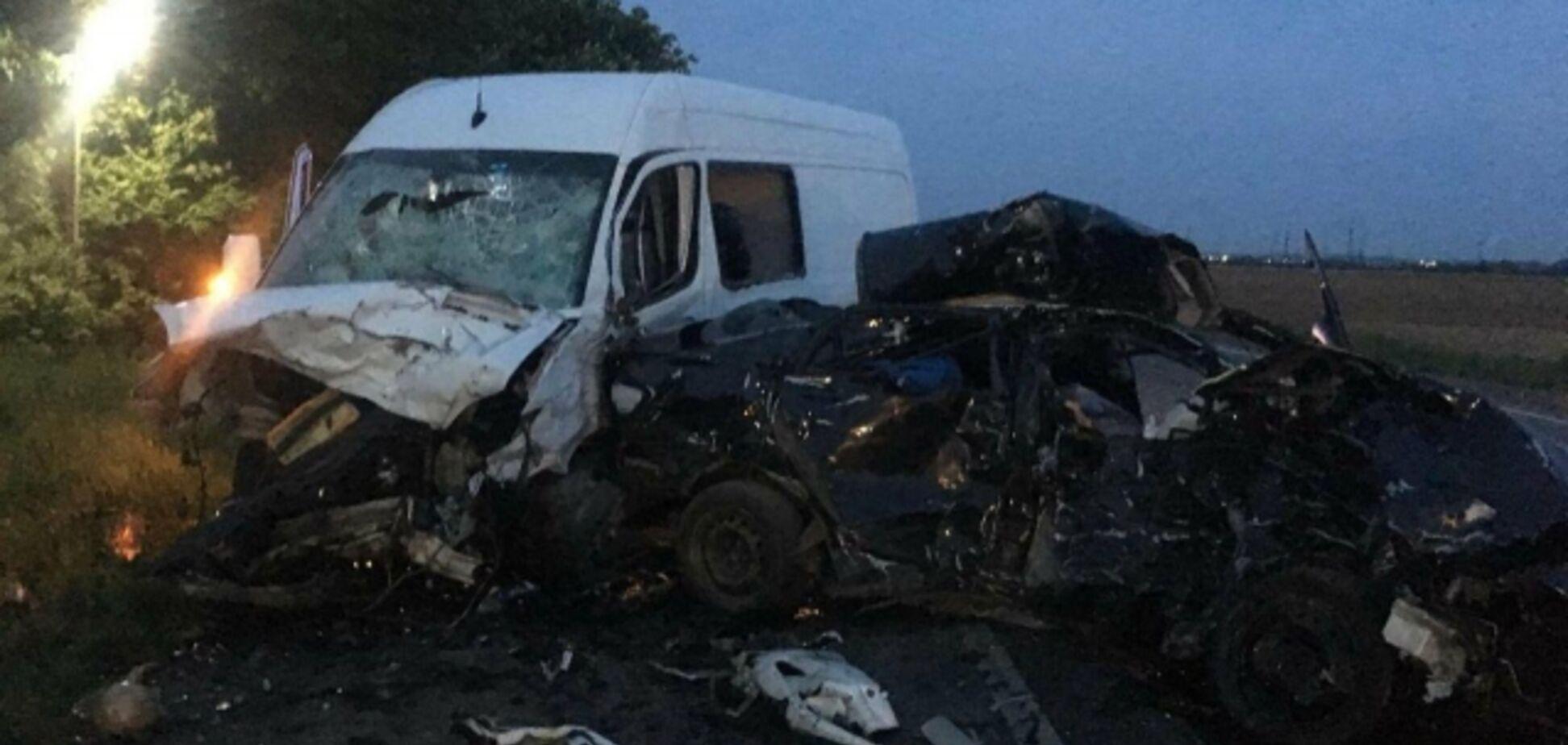 В жутком ДТП на Закарпатье погиб сотрудник прокуратуры: фото и видео 18+