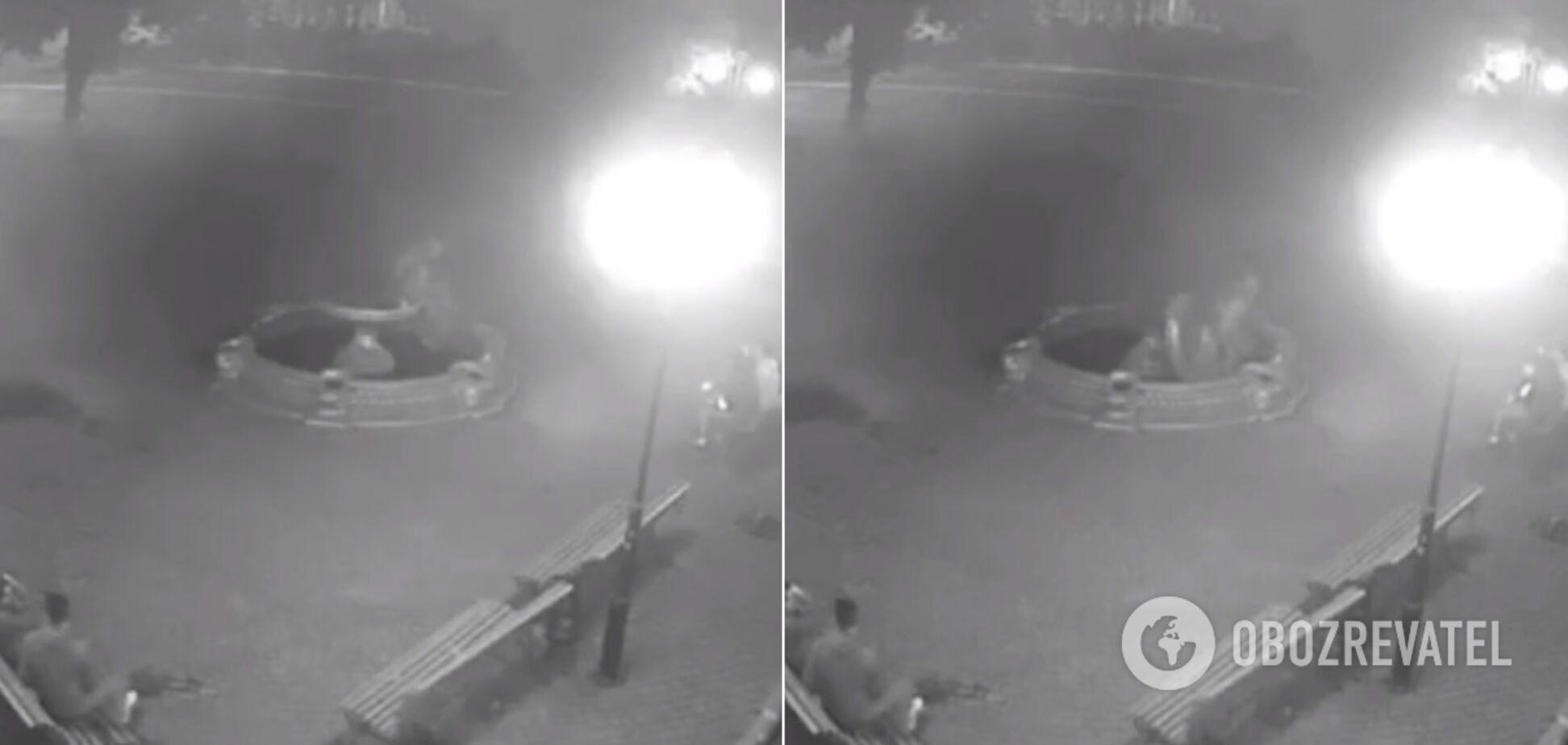 В Боярке вандалы 'добили' фонтан, месяц назад сломанный девушкой 'ради фото'