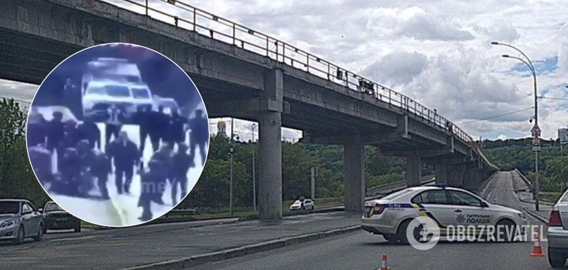 Момент затримання мінера моста Метро в Києві потрапив на відео