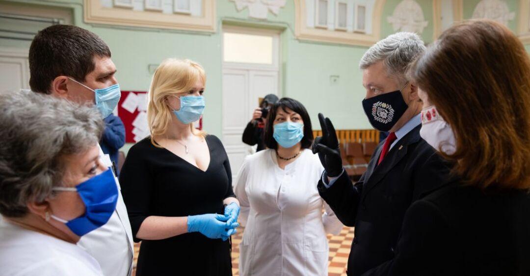 Охматдет получил 3 тысячи ИФА-тестов из Швейцарии от Порошенко: первыми проверят детских врачей