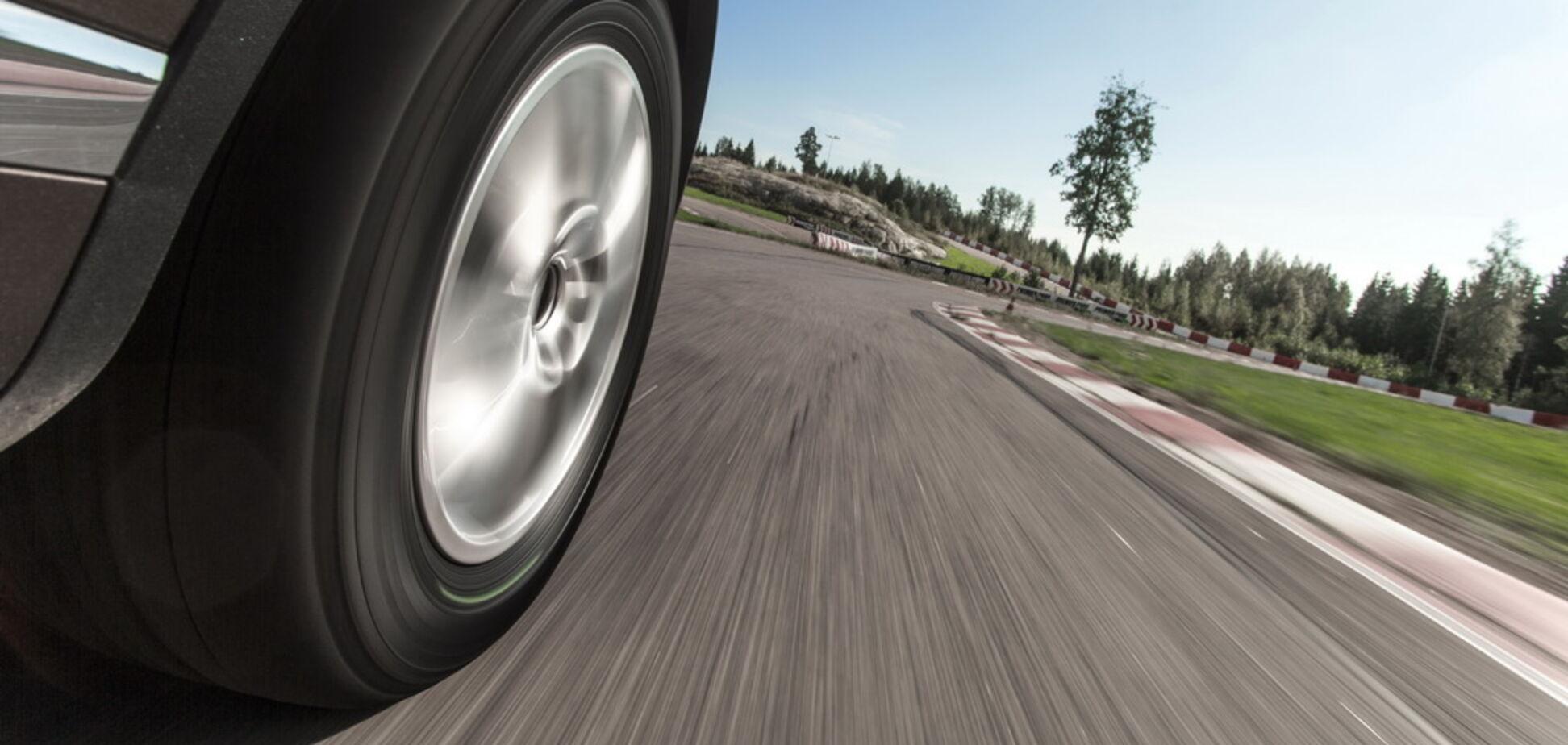 Нерівномірне зношення шин: у чому небезпека та як йому запобігти