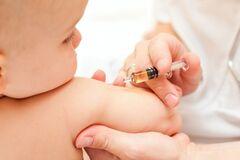 Почему в аптеках и частных клиниках Днепра может не быть вакцин и где сделать прививки бесплатно