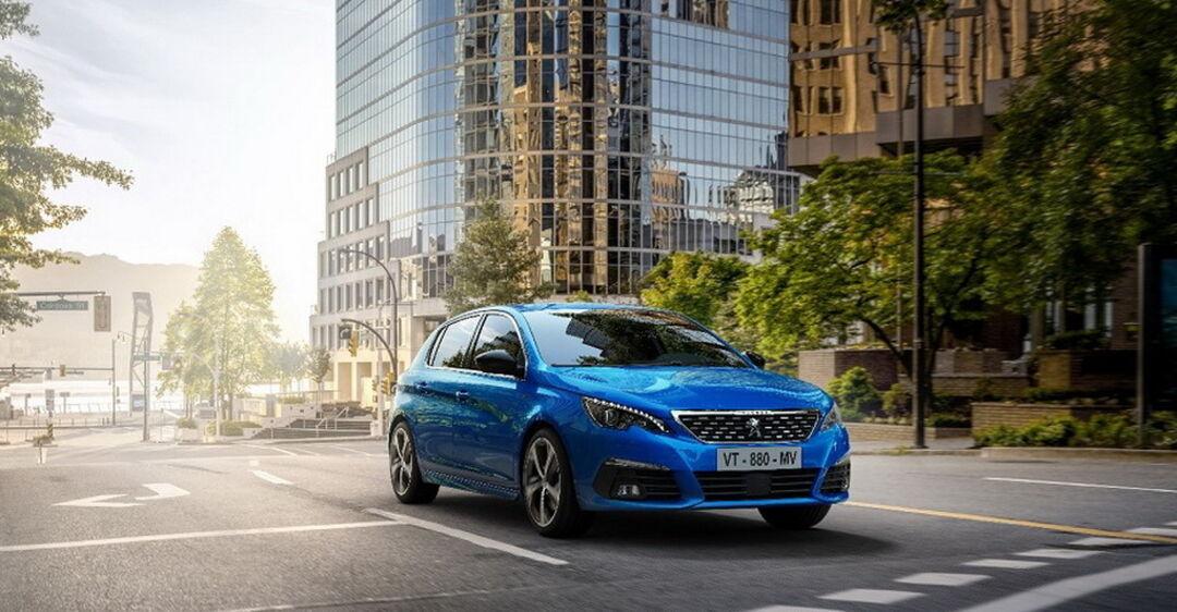 Peugeot 308 обзавелся цифровыми приборами и новыми опциями
