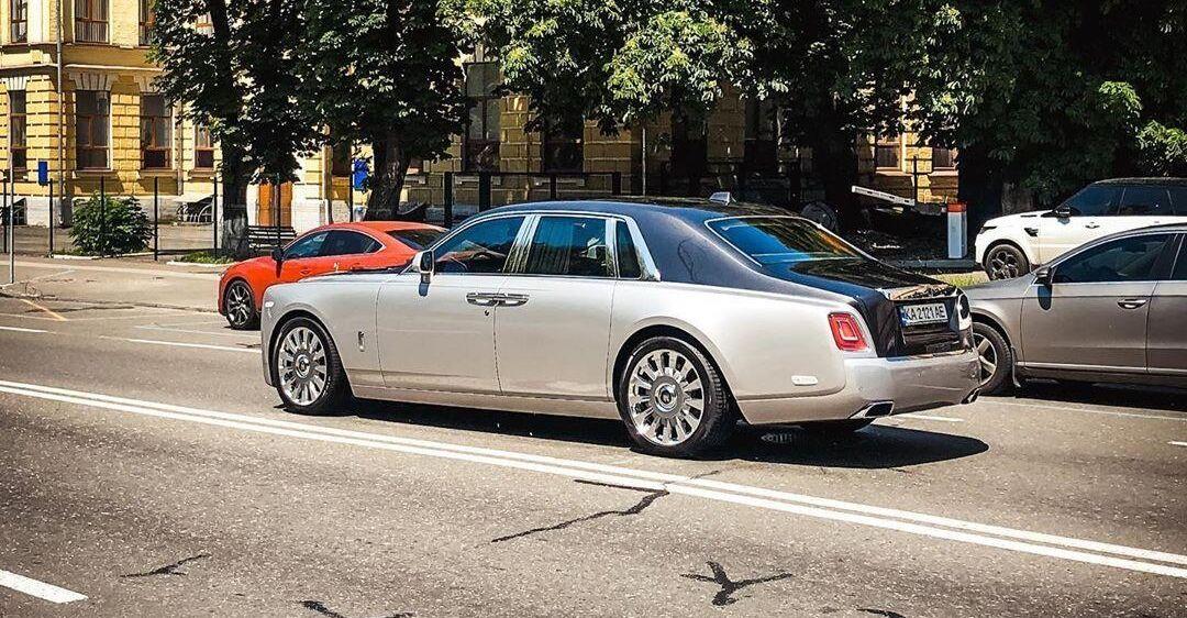 В Украине активно покупают новейший Rolls-Royce за 16 млн