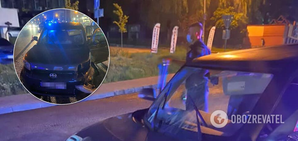 У Львові водій без прав тікав від поліції і збив світлофор: у салоні була маленька дитина. Фото