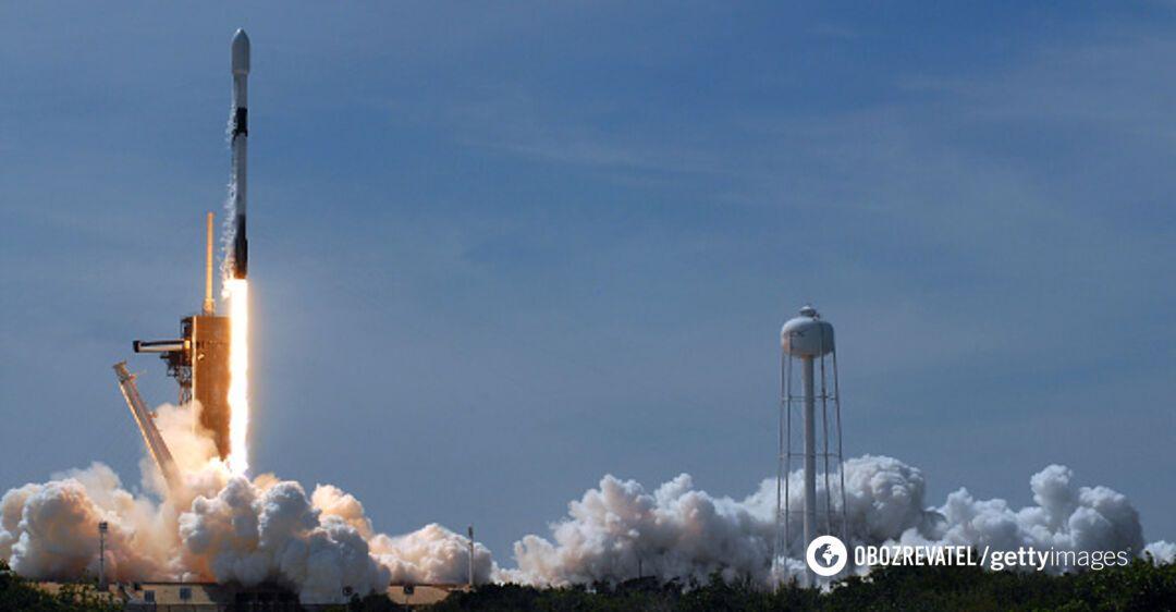 SpaceX вывела на орбиту уникальные спутники: видео запуска ракеты