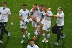 Сергей Сидорчук получил травму в матче с 'Зарей'