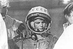 Валентина Терешкова: як дівчинка з села стала першою жінкою-космонавтом і символом СРСР