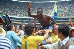 Пеле святкує перемогу на ЧС-1970