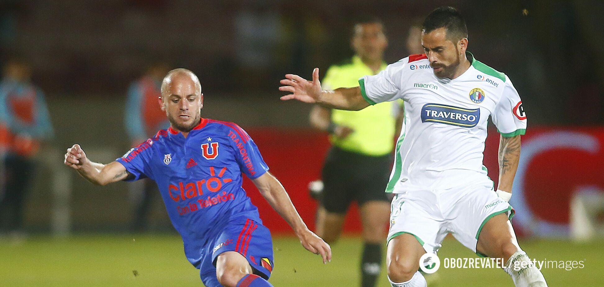 Густаво Лоренсетті (зліва) в матчі проти 'Аудакс Італьяно'