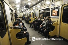 В киевском метро оштрафовали пассажира без маски