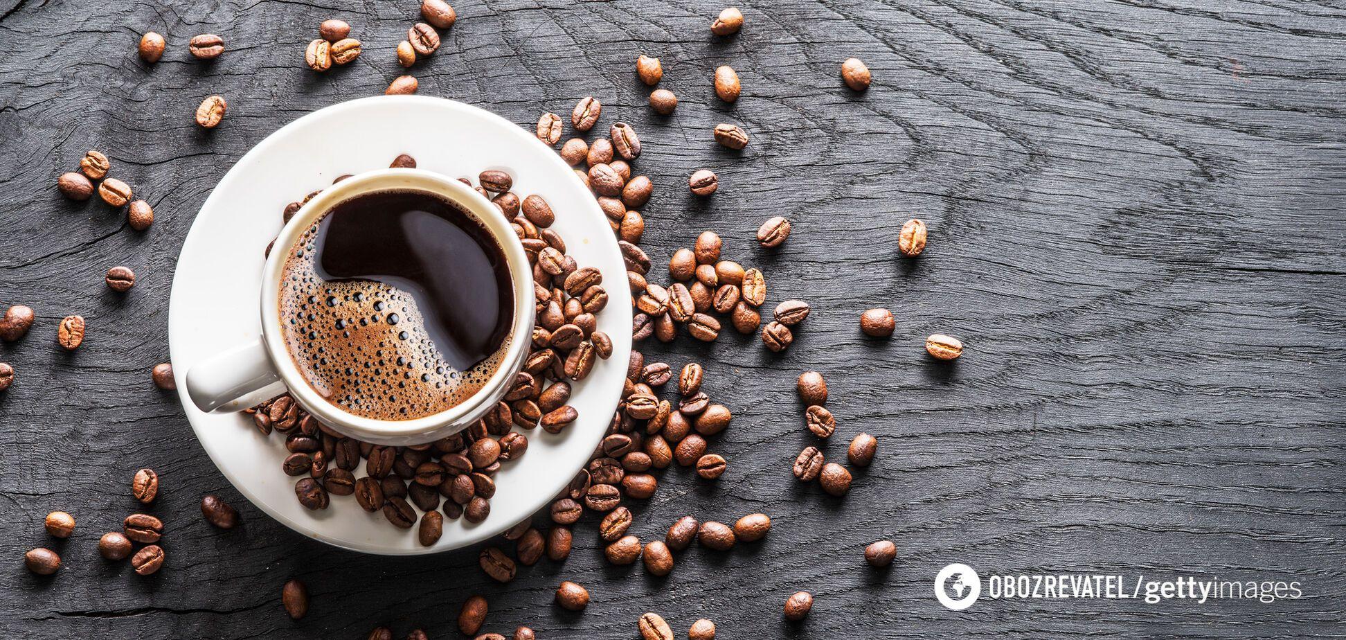 Після обжарки кавові зерна отримують карамельний присмак