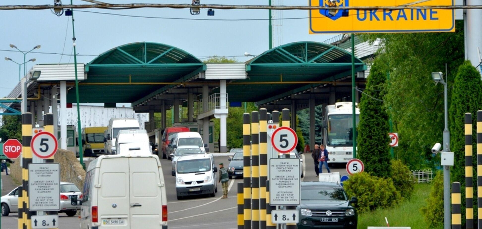 Кабмин открыл некоторые КПП на границе с Беларусью и РФ