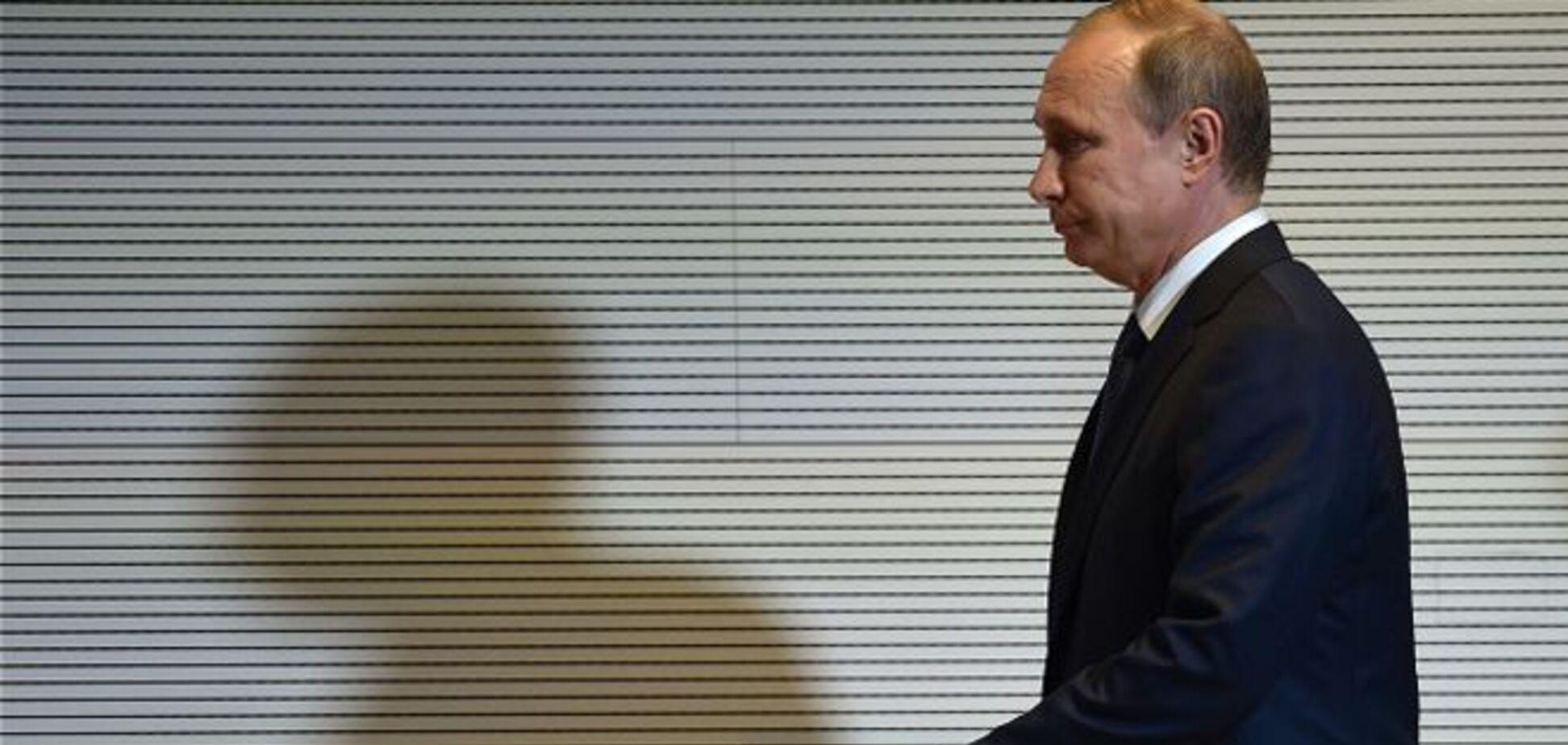 Господин Путин рубит сук, на котором сидит