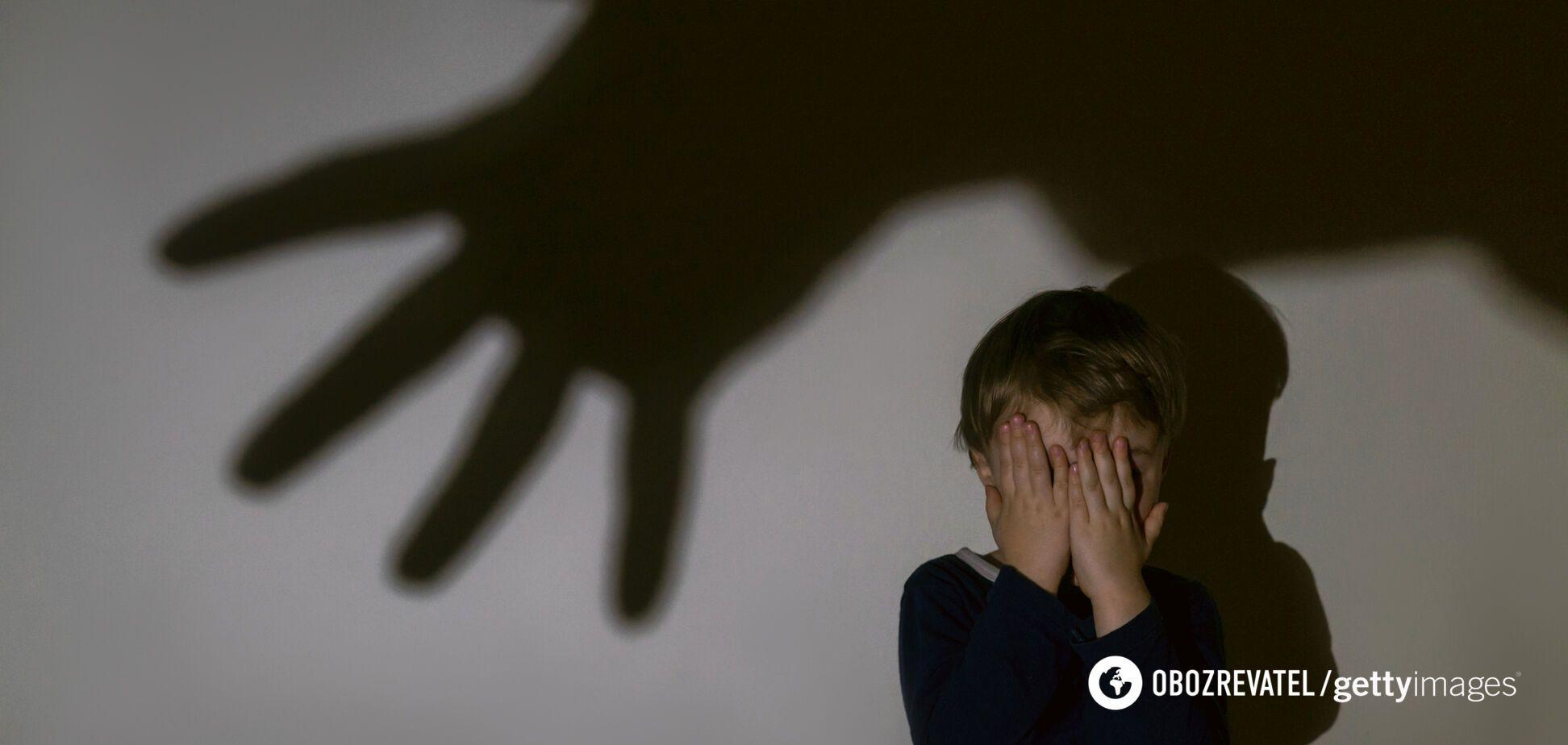 П'яний батько з ножем накинувся на свого 2-річного сина