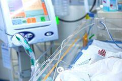 В Кременчуге 9-месячный ребенок попал в реанимацию из-за капель для носа