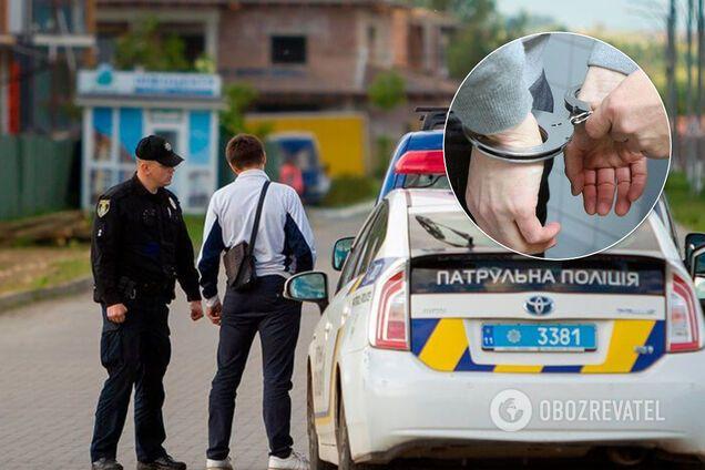 Водій покусав поліцейського, його затримали