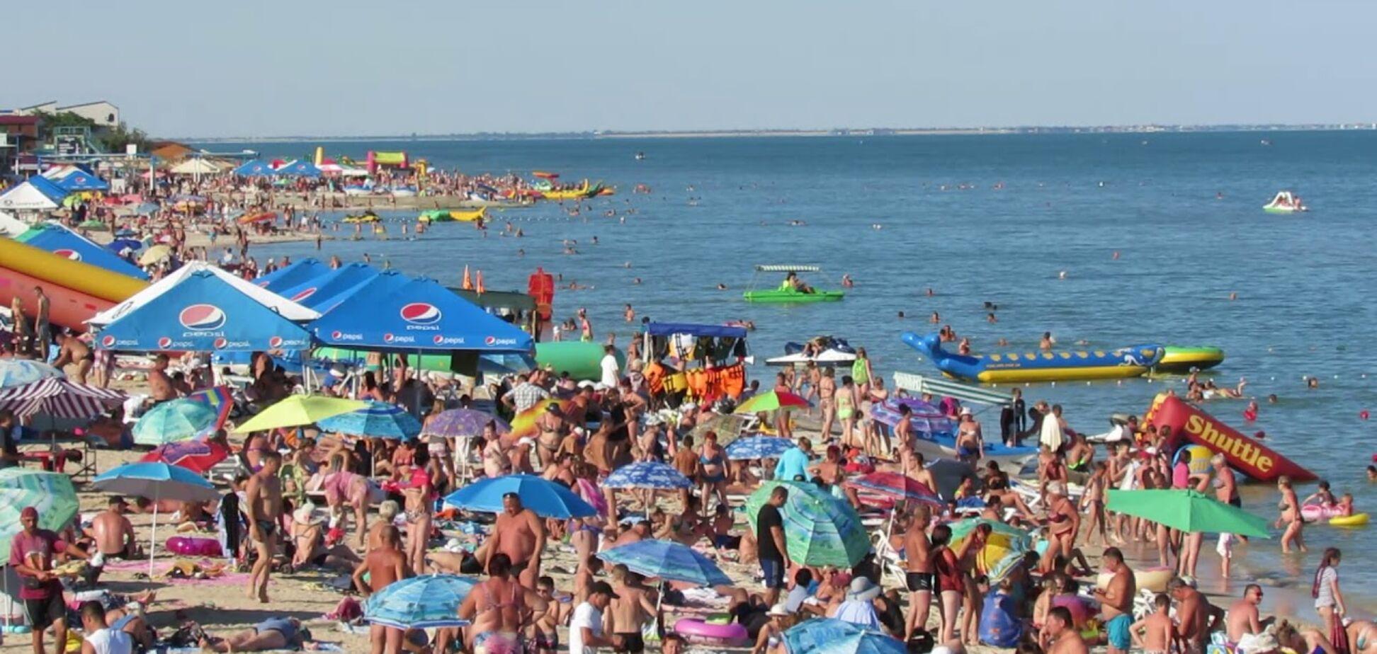 Чи можна підхопити коронавірус на пляжі чи в басейні?