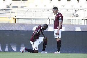 Итальянский клуб неудачной фотографией спровоцировал расовый скандал в Twitter
