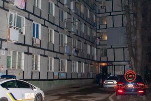 У Дніпрі чоловік випав з вікна: перехожий став свідком трагедії