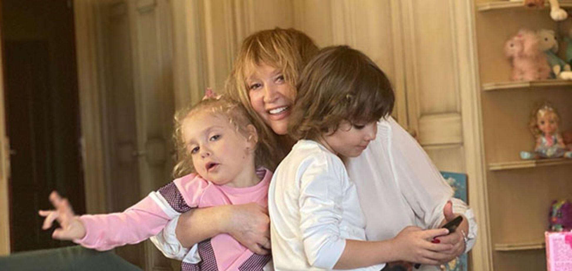 Пугачова з дітьми Лізою і Гаррі