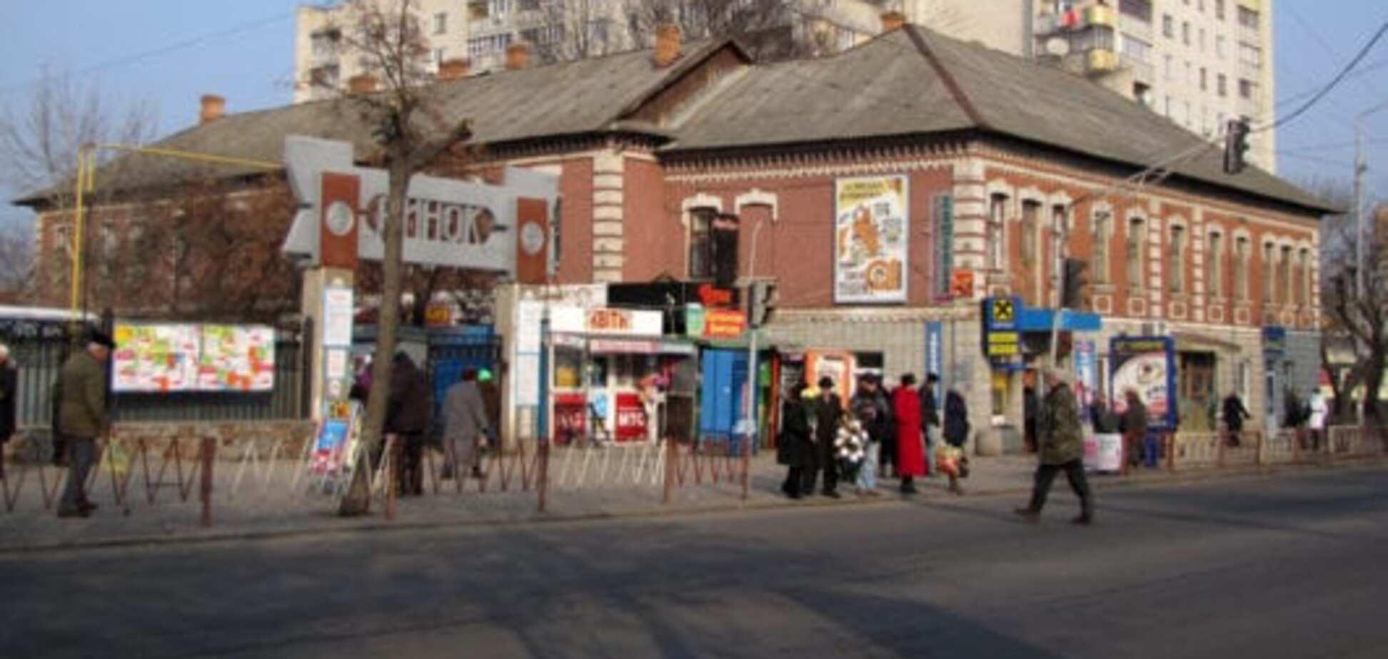 На Житомирщине избили продавщицу за просьбу надеть маску