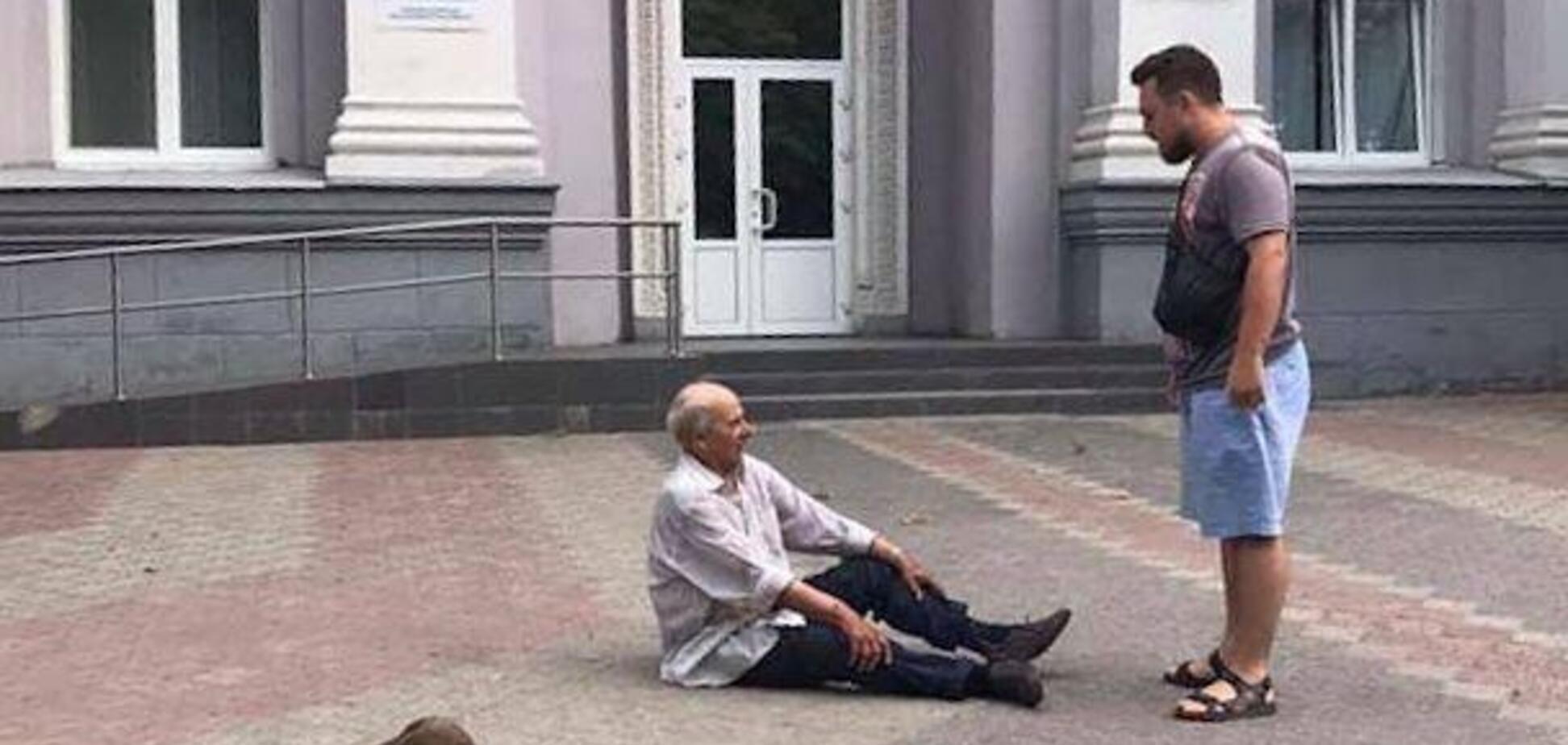 В Новомосковске спасли пожилого мужчину с расстройством памяти