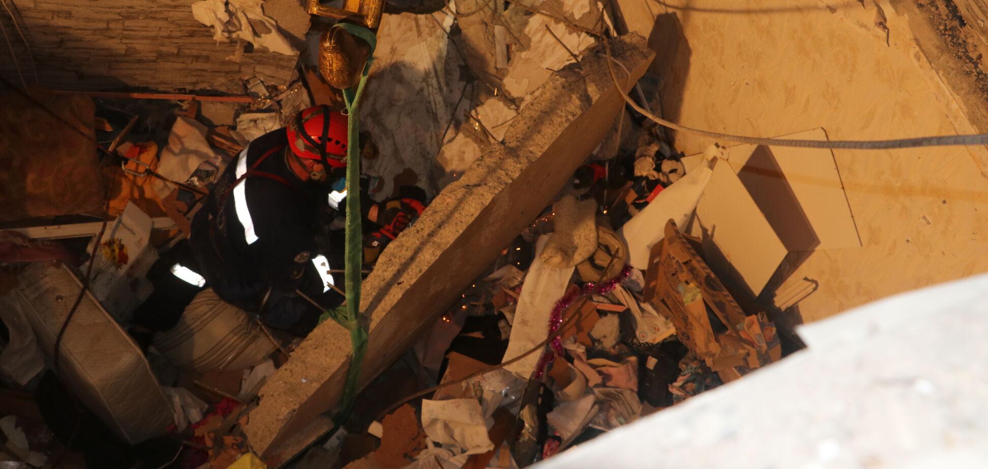 Спасатели нашли тело еще одной жертвы взрыва в высотке на Позняках