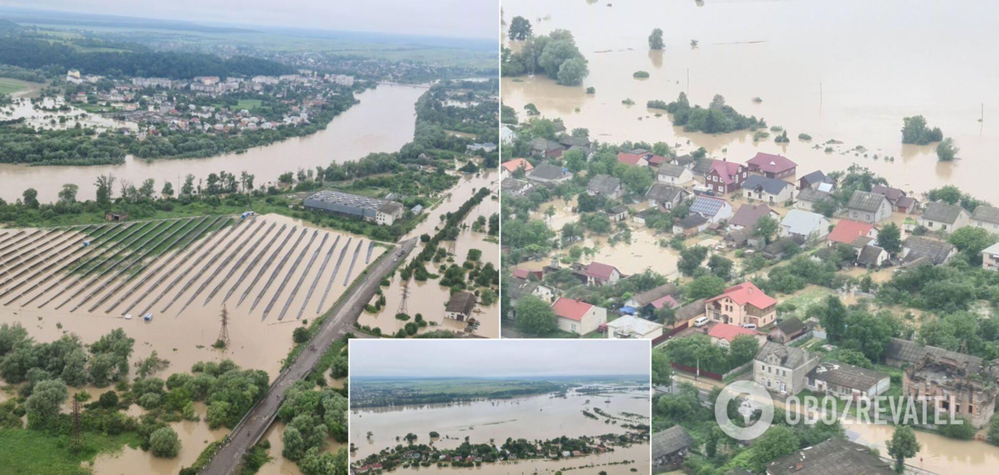 Аваков показав фото паводків на заході України