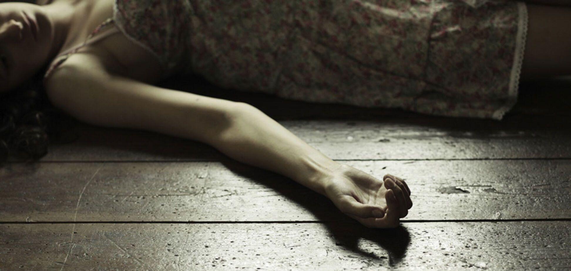 В Днепре в частном доме обнаружили четыре тела. Фото 18+