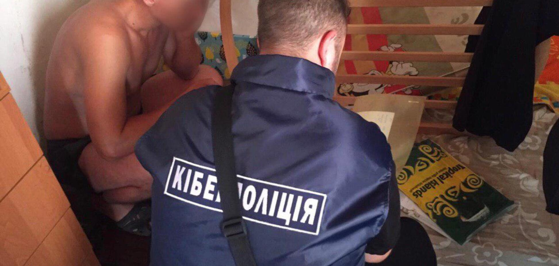 На Днепропетровщине аферисты продали сотни несуществующих авто. Фото