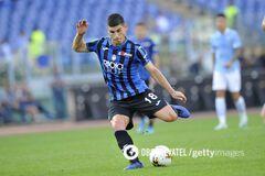 Руслан Малиновський в складі 'Аталанти' в матчі проти 'Лаціо'